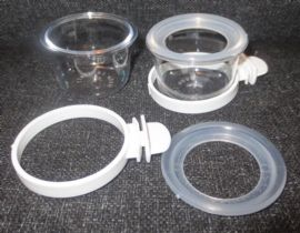 5 x CLEAR PLASTIC FEEDER / DRINKER WITH SEED RETENTION RIM & TWIST-ON HOLDER